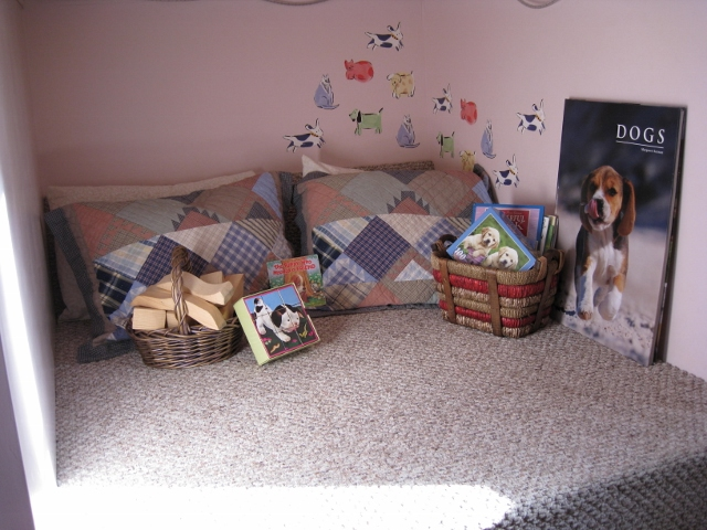 4 pillows & carpeted floor make this cozy nook comfy too. Kids of any age love this space